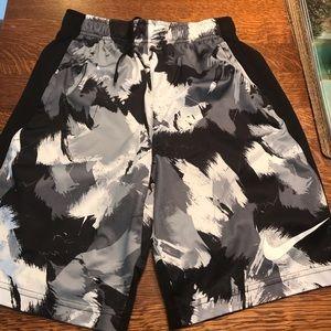 Nike boys shorts size large